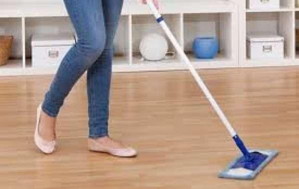 10 أفكار رائعة لتنظيف الأرضيات الخشبية