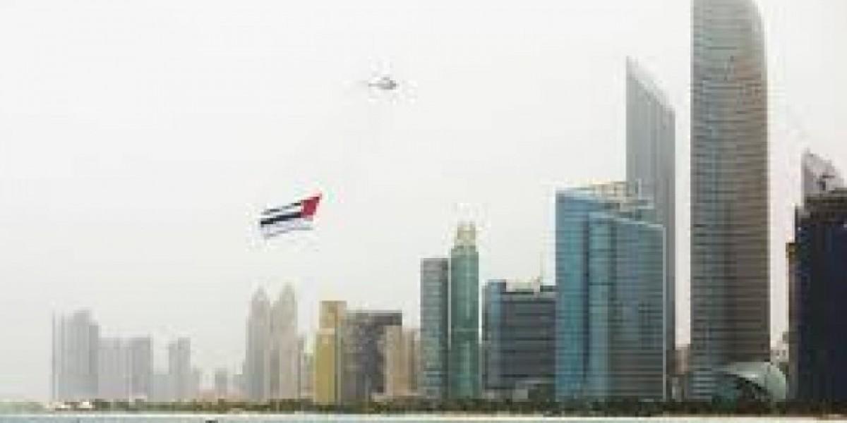 طيران أبوظبى تحلق فى سماء الإمارات برسائل توعوية للوقاية من كورونا